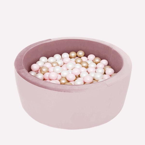 Suche baseny z piłeczkami