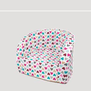 Fotel dziecięcy - kolorowe serduszka