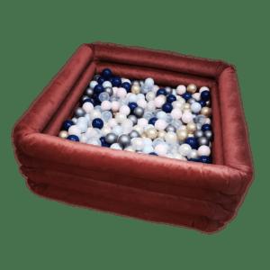 Suchy basen - wypełniony - kwadratowy rubinowy